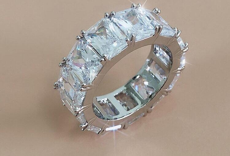 Girls Just Want Diamonds - Ring
