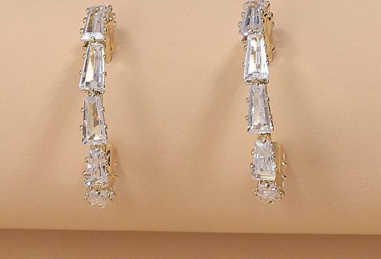 Simply Elegant - Diamond Hoops