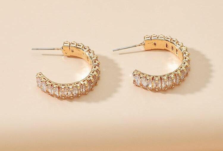 Mini Baguette - Diamond Earrings