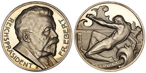 101211  |  GERMANY. Reichspräsident Friedrich Ebert silver Medal.