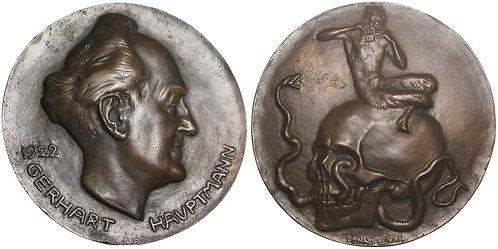 100679  |  GERMANY. Gerhart Hauptmann hollow cast bronze Medal.