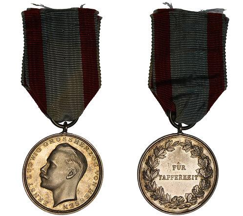 100511  |  GERMANY. Hessen-Darmstadt. Ernst Ludwig silver Medal.
