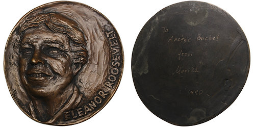 100399  |  UNITED STATES. Eleanor Roosevelt cast oval uniface bronze Medal.