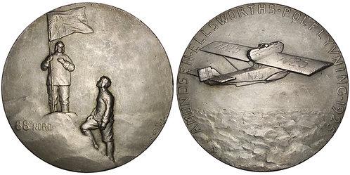 100668  |  NORWAY & UNITED STATES. Amundsen & Ellsworth silvered bronze Medal.