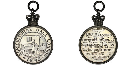 101449  |  GREAT BRITAIN. Bakers' Exhibition engraved silver Award Medal.