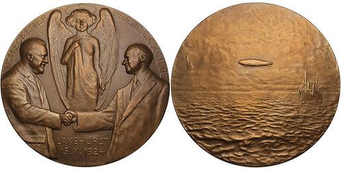 100543  |  UNITED STATES & GERMANY. Calvin Coolidge & Hugo Eckener bronze Medal.