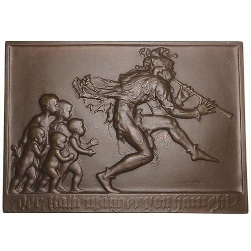 "101163     AUSTRIA. ""Pied Piper of Hamelin"" uniface bronze Plaque."