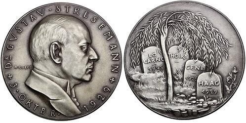 101623     GERMANY. Gustav Stresemann silver Medal.