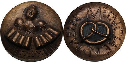 100182  |  GERMANY. Künstlerkreis der Medailleure München bronze Medal.