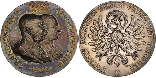 100618  |  AUSTRIA-HUNGARY. Franz Joseph silver Medal.