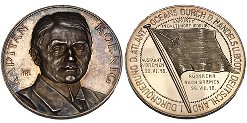 100190     GERMANY. Kapitänleutnant Paul Liebrecht König silver Medal.