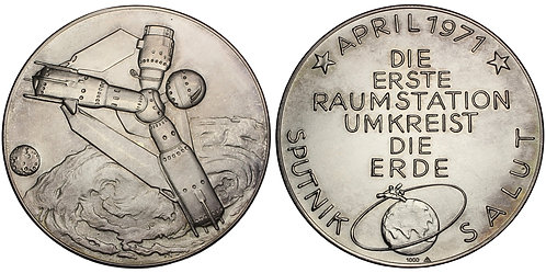 101070  |  GERMANY & SOVIET UNION. Salyut 1 Space Station silver Medal.