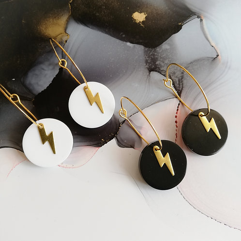 Handmade circle resin gold plated hoop earrings with lightening bolt charm