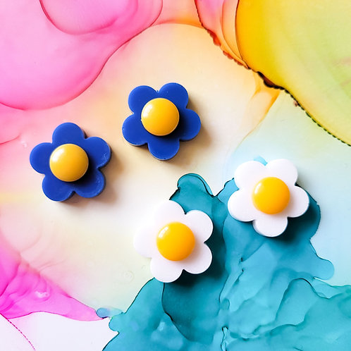 Handmade bright flower resin stud earrings, blue and yellow or white and yellow