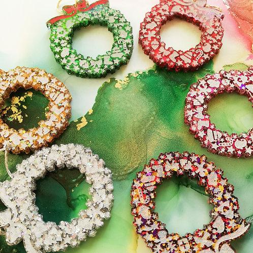 Handmade Christmas wreath glitter resin tree ornament, 6 colours