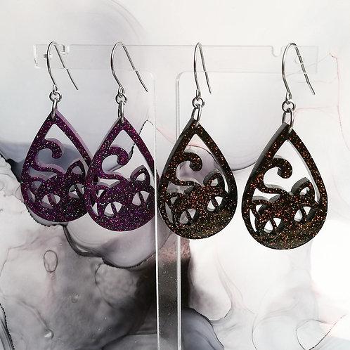 Handmade Halloween cat resin earrings, black or purple with glitter