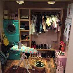 1/4 Doll Closet
