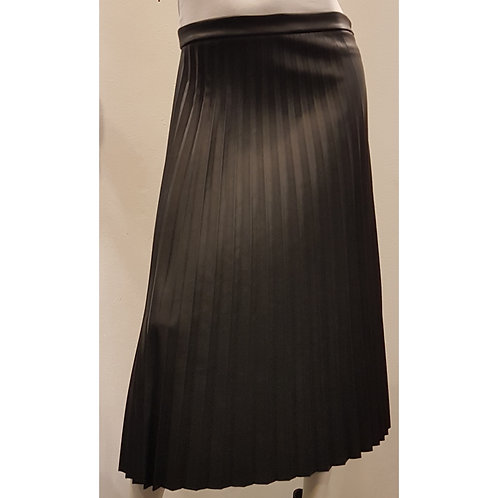 SKI 1752 - Plisse Skirt