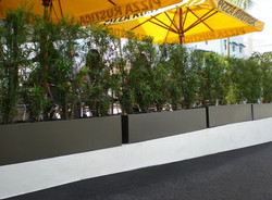 Narbonne Fiberglass Planter Box