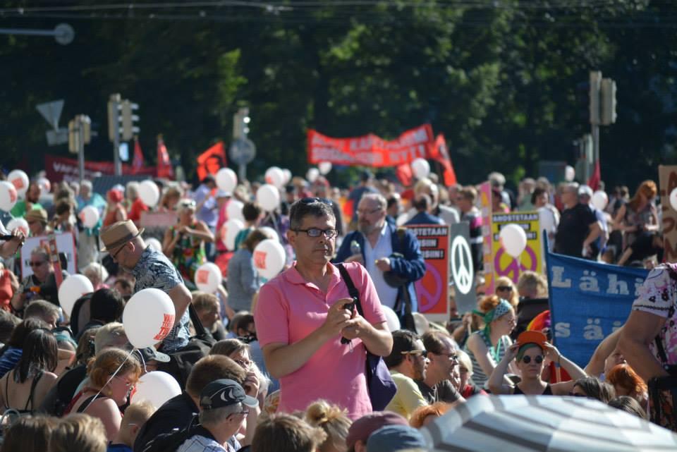 Manifestation in Helsinki 15 min stop / photo by Florencia Quesada
