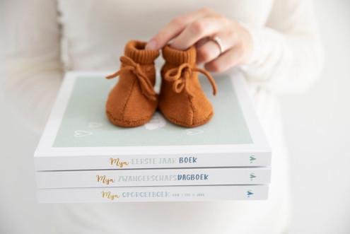 Maan Amsterdam - invulboeken rondom zwangerschap en geboorte