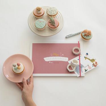 Maan Amsterdam - Mijn verjaardagenboek roze