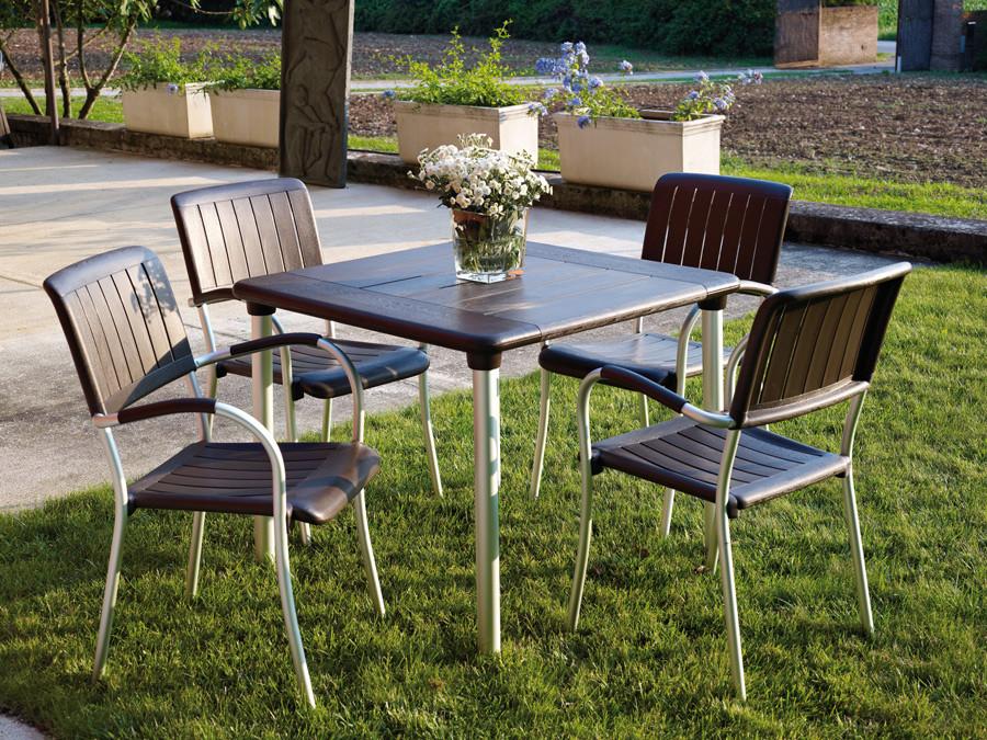 ריהוט למרפסת שולחן וכסאות משולבים אלומיניום ודורל