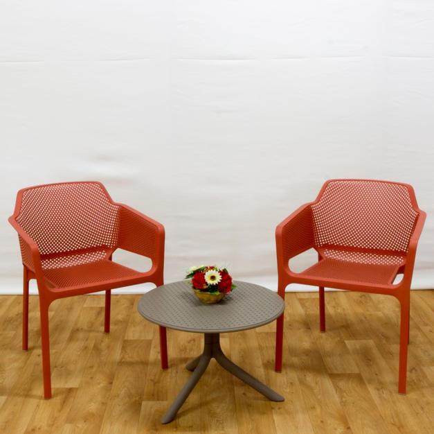 שולחן סטפ כיסאות נט