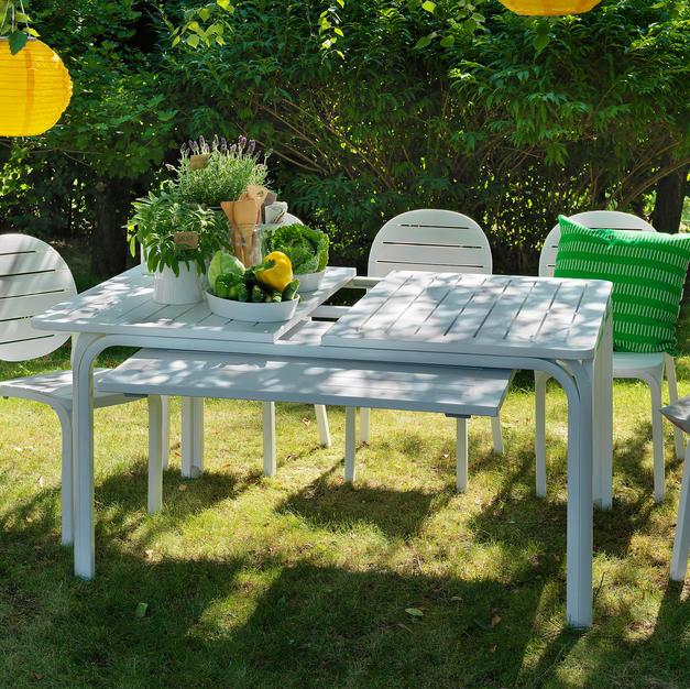 שולחן אלורו וכיסאות אריקה