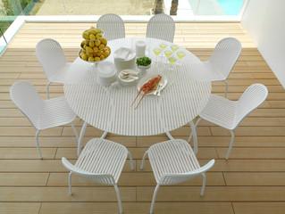 שולחן גן מרובע או עגול: איך לבחור?