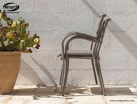 כסאות אלומיניום נערמים דגם מוזה