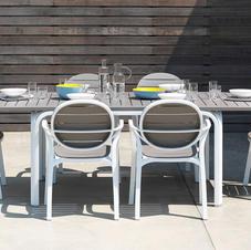 שולחן אלורו כיסאות פלמה