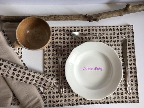 Sets de table flocons noir