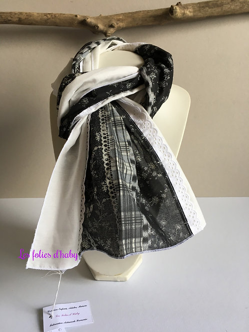 "Foulard ""Black end White"""