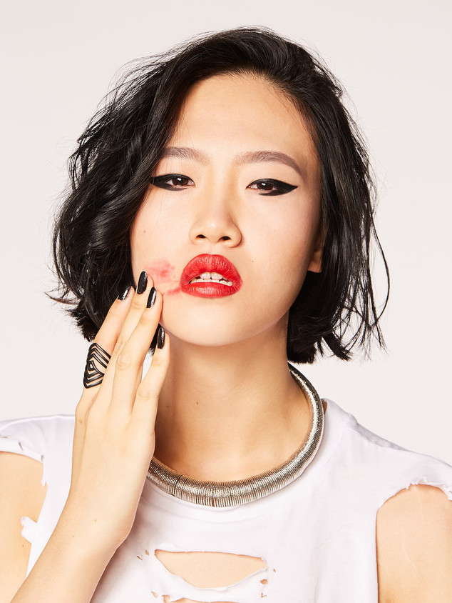 Makeup-Artist-Singapore-Fashion-Beauty.j