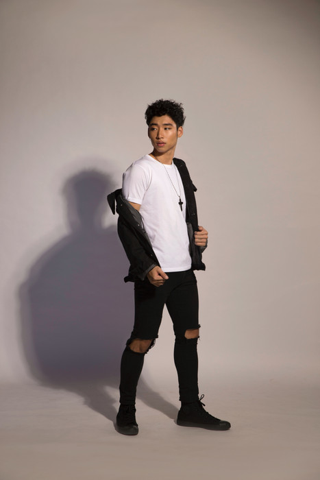 Makeup-Singapore-Fashion-Men-Makeup-Male