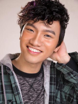 Makeup-artist-male-grooming-singapore