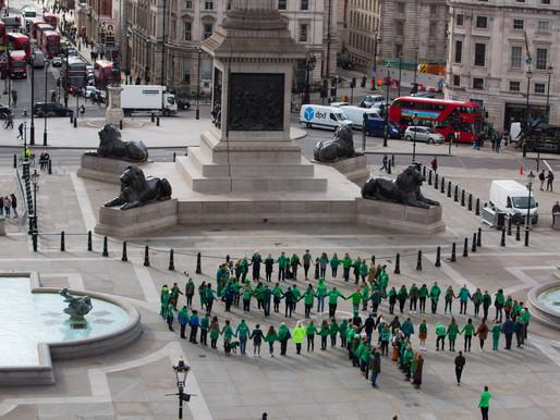 Tourism Ireland creates giant human shamrock in London