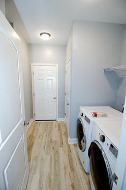Foster Hollow - Laundry/Mud Room