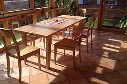 """Wintergarten Essgruppe Holzstuhl """"Jasmin"""" mit Holzsitz und Massivholz Tisch"""