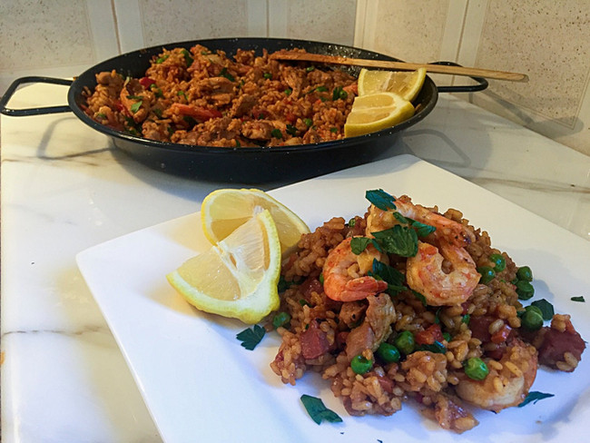 Chicken & Seafood Paella