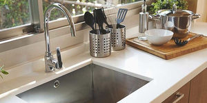 How to use a Kitchen Garbage Disposal