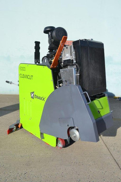 Cleancut 6000HT4 with 20_ blade front an
