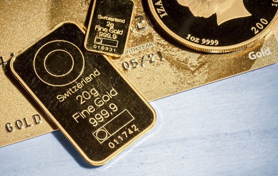 Gold Credit Card and 999.9 gold coin and