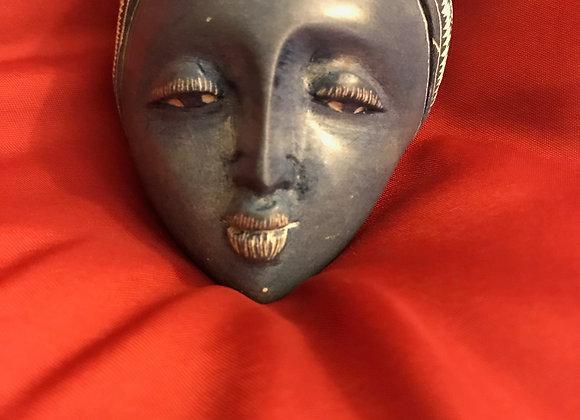 Stone Portrait - Visage d'une Femme