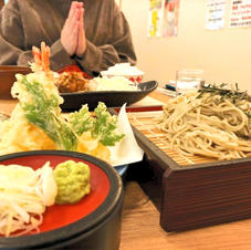 天ぷらそばのセット