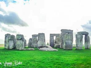 Stonehenge: Rock your socks off