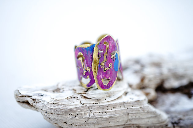 Colorful face rings