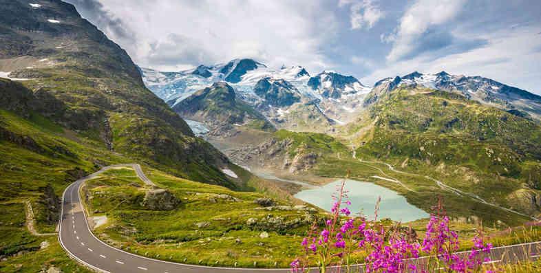 """BIG3"" Swiss Alpine Pass Scenic Driving Tour"