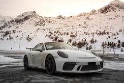 porsche-winter-drive-switzerland.jpg